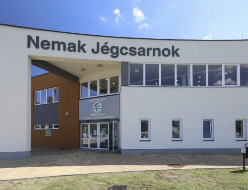Magyarország legújabb és legmodernebb jégcsarnokát adták át Győrben!